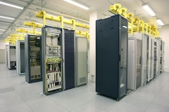 IT-Technik Telehaus Frankfurt 5-Reihen-Racks