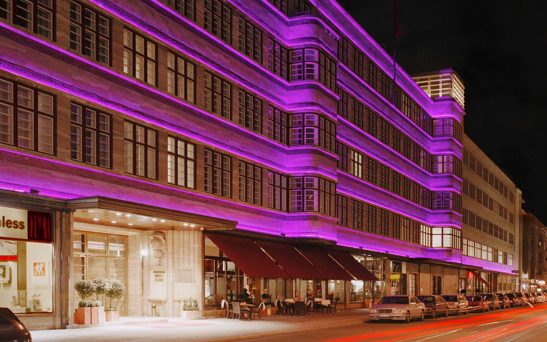 Das Ellington Hotel in Berlin bei Nacht